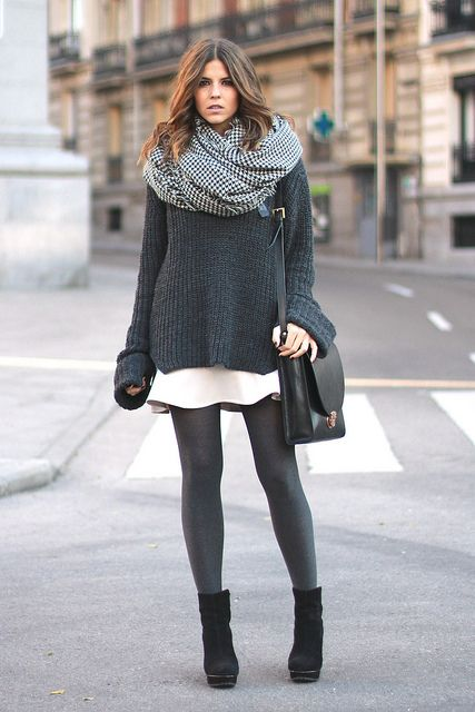 trendy_taste-look-outfit-street_style-fashion_spain-moda_españa-peplum_skirt-falda-oversize_knit_sweater-jersey_punto_oversize-black_booties-zara-plaid_scarf-bufanda_cuadros-botines_negros-polaroid-11 by Trendy Taste, via Flickr