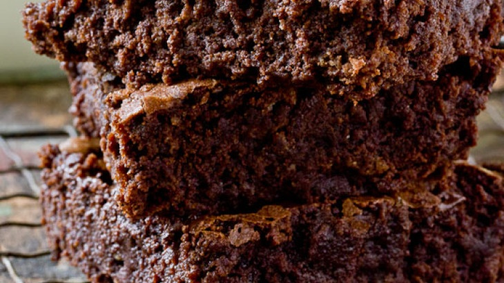 Triple Chocolate Chip Brownies - 3x the chocolate, 1000x the ...