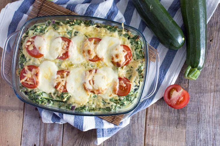 Mijn tweede versie van de coursagne; coursagne met zalm en spinazie! De coursagne is een lasagne van courgette en is daardoor koolhydraatarm (en erg lekker)
