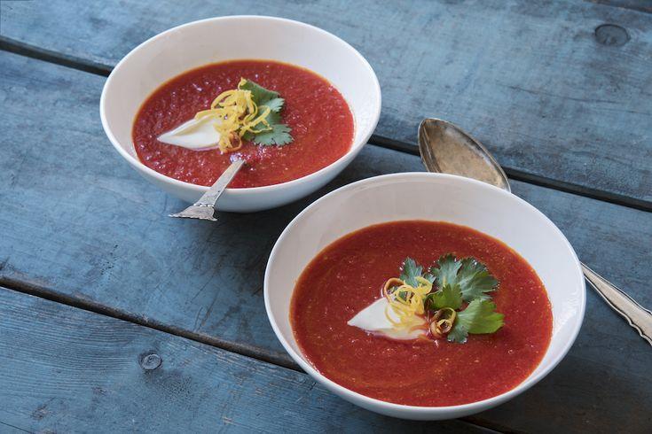 Gulerodssuppe med ingefær smager fantastisk dejligt og luner i en kold tid. Du kan tilpasse mængden…