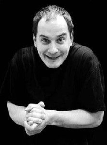 IRENEUSZ KROSNY tworzy autorskie, pantomimiczne, spektakle komediowe. Siła jego sztuki pochodzi z dwóch źródeł. Po pierwsze jest to kreatywność, własne oryginalne poczucie humoru. Drugim źródłem jest oryginalny własny styl. Krosny wypracował oryginalną technikę poruszania się mima w grze komediowej. Jego technika jest przeźroczysta jak dykcja u aktora - czyni każdy ruch zrozumiałym, ale nie zwraca uwagi sama na siebie, daje widzowi poczucie łatwości pracy mima na scenie.   Źródło…