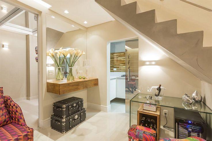 02-ideia-decoração-embaixo-escada