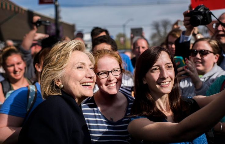 Campaign 2016: Hillary Clinton's Fake Populism Is a Hit
