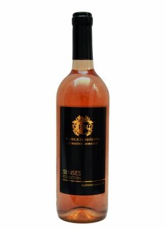 Rosé Cuvée 2012 0,75 l FN rosé bor  A 2012-es évjárat gyümölcsösségét, érett ízeit magában hordozó, a szőlő elegáns savait bemutató, friss illatokat tartalmazó bor, melyet 8-10 oC-ra lehűtve salátákhoz, szendvicsekhez, könnyű tészta-félékhez javaslunk fogyasztani.