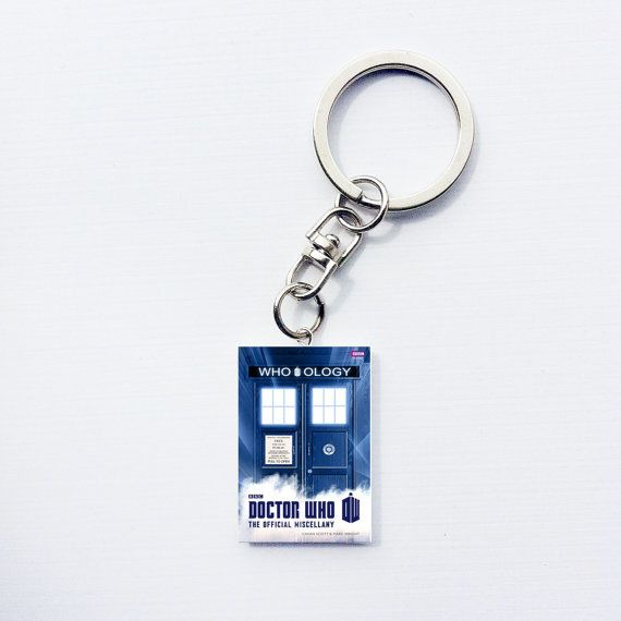 Dr. Who themed keychain. Because why not show your love to the world #drwho #whoology #keychain #fandom #geek
