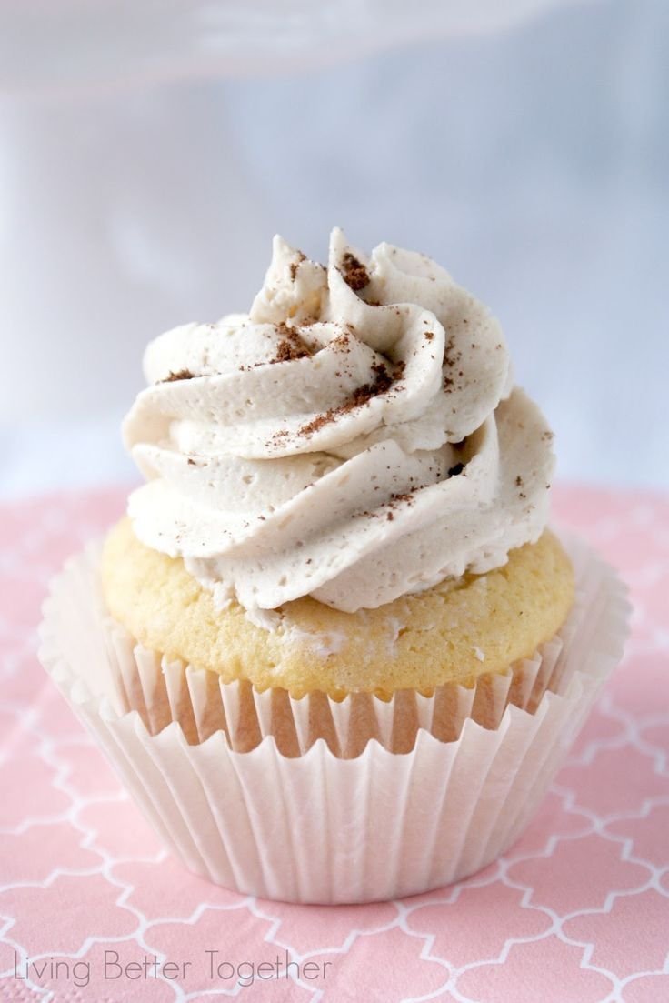 Who doesn't think this cupcake looks beyond delicious?! French Vanilla Cappuccino Cupcakes | www.livingbettertogether.com