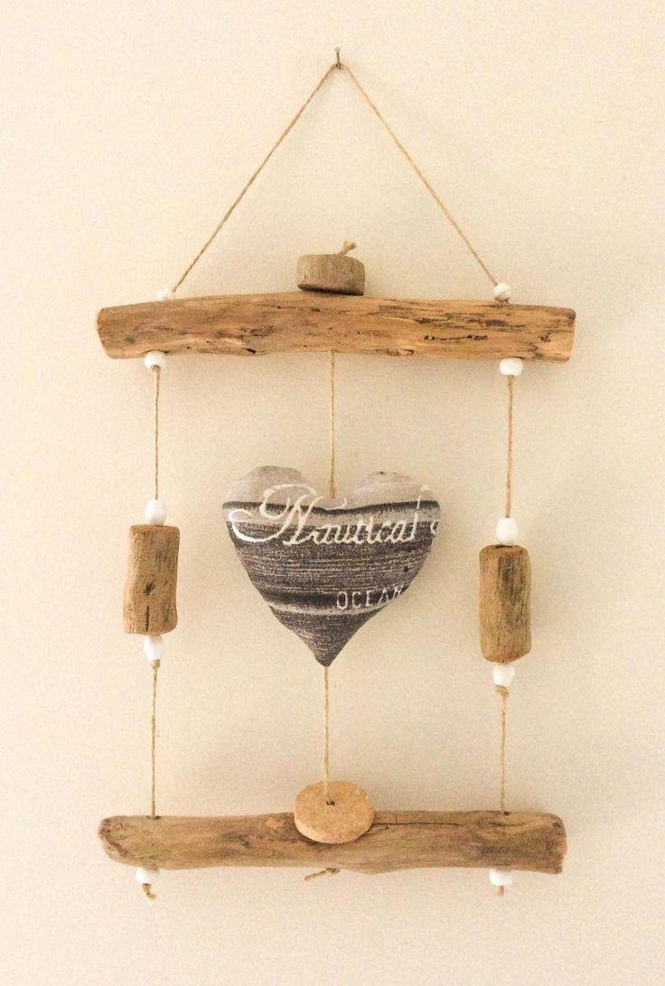 Cadre en bois flotté par l'Atelier de Corinne : D…