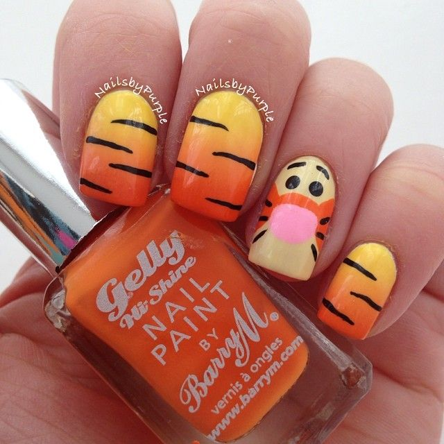 Tigger Nails: Tigger Inspired Nails. Love Tigger. Need To Do This