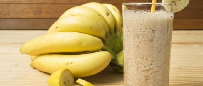 Non un semplice frullato, ma un vero e proprio rimedio naturale che scioglie il grasso!