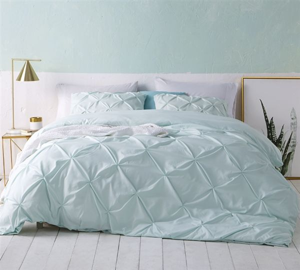 Pretty Pin Tuck Queen Xl Bedding One Of A Kind Oversized Queen Duvet Cover Beautiful Pin Tuck Design Hint Of Mint Duvet Sets College Bedding Duvet Covers