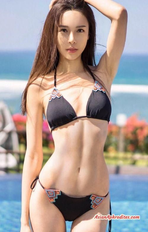Cathryn Lee Is A Malaysian-Chinese Pianist, Model And -6183