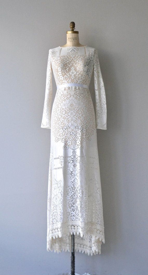 Freyja wedding dress 1970s wedding dress lace 70s by DearGolden