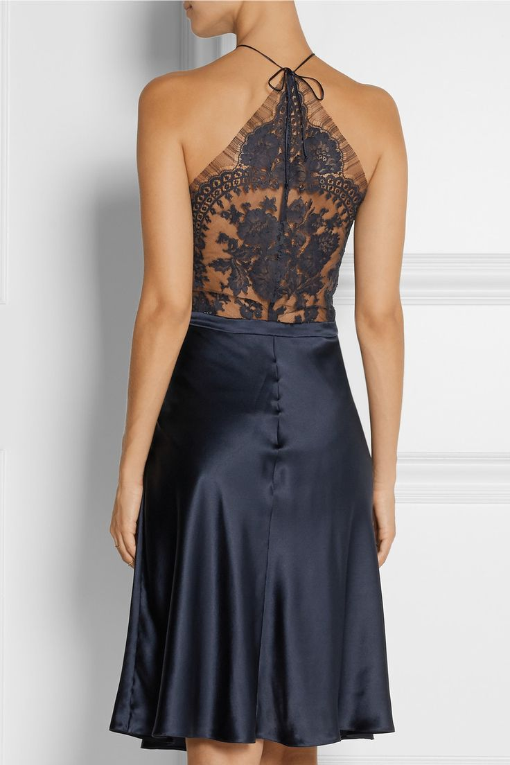 La Perla Pizzo Lace-Paneled Silk-Blend Satin Nightdress