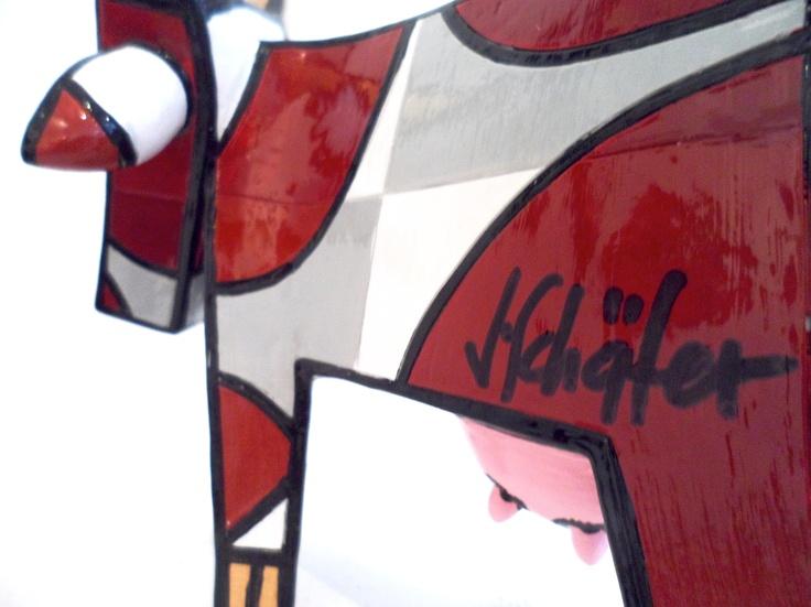 Vache marron - résine - pièce numérotée - disponible chez Colorfield Gallery