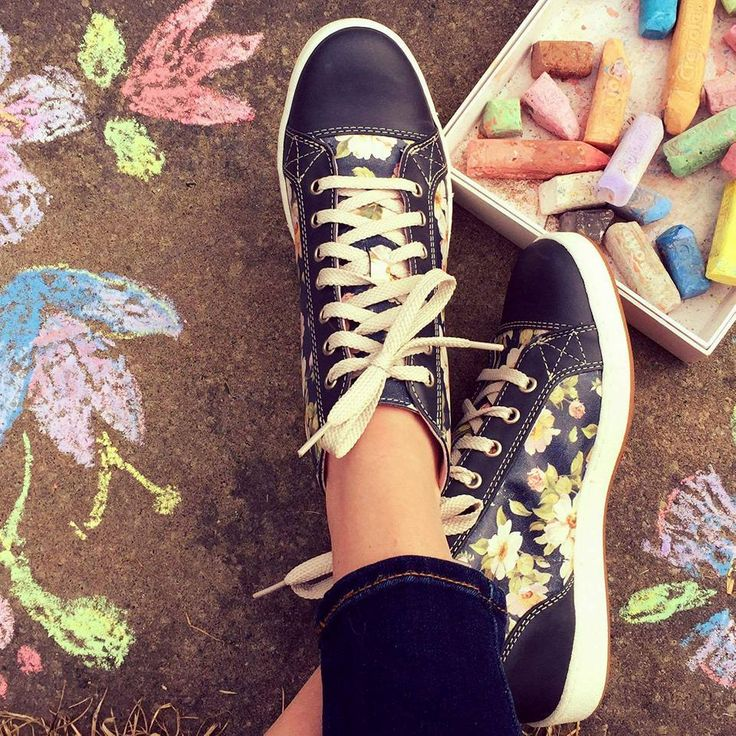 Florence shoes ! We are in love <3  #footwear #fashion #cute #love #sneakers #shoes #summer
