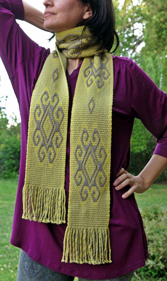 Bufanda de diseño tiempo amarillo mapuche textiles tejidos a