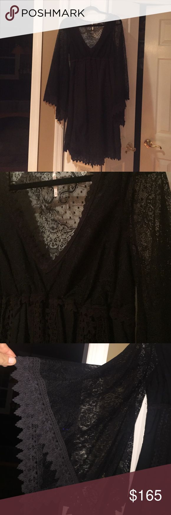 NWOT Free PeopleDress Gorgeous Free People Dress 100% Cotton Fully Lined Double Layer Hem  Bell Sleeves. Stunning!! Free People Dresses