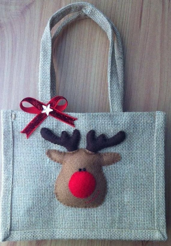 Christmas Jute Bag by AliCraftByHand on Etsy come @Lindsey Weigand Attacks this new shop!