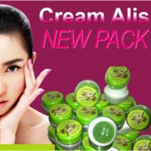 Cream Alis adalah krim penumbuh/penebal alis yang bermanfaat untuk melebatkan,