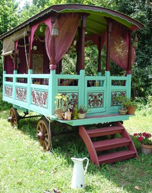 71 best images about gypsy wagons on pinterest the gypsy gypsy caravan and fortune telling for Mystique gardens hookah lounge