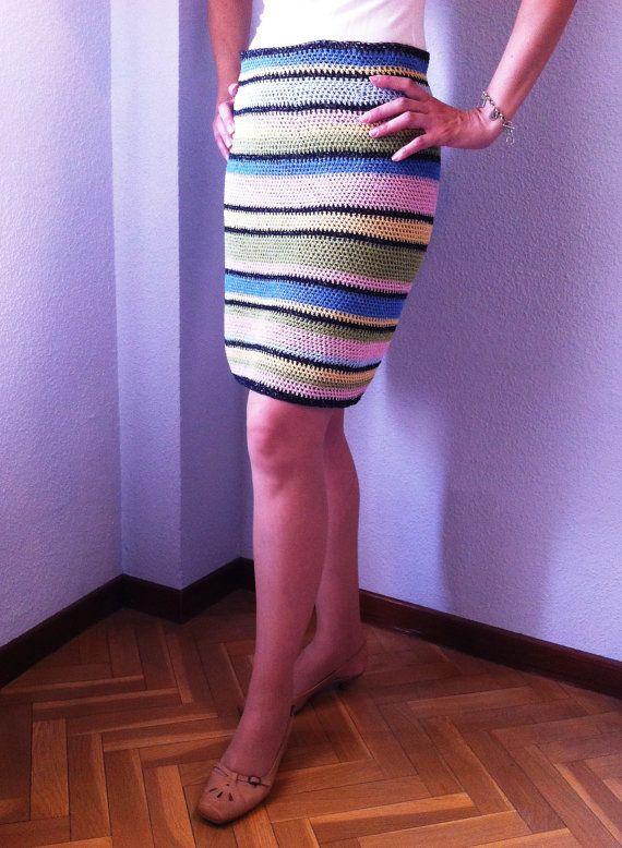 Falda Tubo de Ganchillo de Rayas Multicolor Unica por COSIMITAS