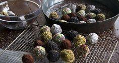 Γλυκές Τρέλες: Τρούφες με μπισκότα του Άκη....