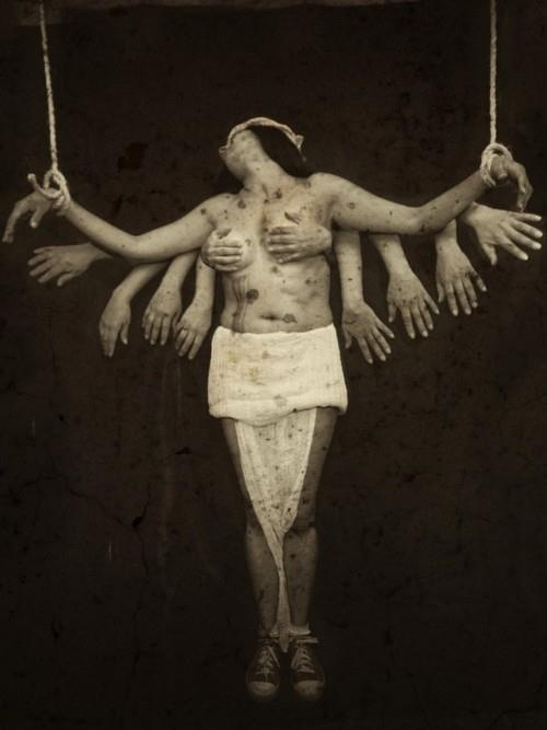 .Giovanni Tilotta, Surrealism Art, Arty Farty, Twelve Hands, Mixed Artists, Art Photography, Woman, Farty Inspiration, Inspiration Pix