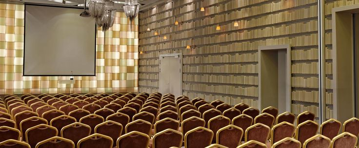 Let's get down to #business and make the ordinary extraordinary. We offer over 550 square meters of #conference space, which can easily accommodate events for 15 to 300 people.  www.rbathenspark.com