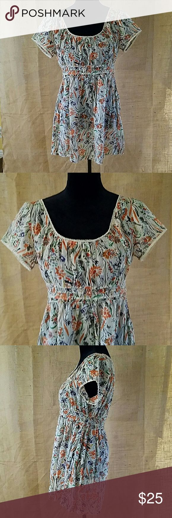 """lucky brand women peasant boho floral shirt M lucky brand women peasant boho floral shirt M, under arm to under arm 20"""", waist side to side 15"""" plus has elastic band, back up down 28"""" Lucky Brand Tops Tunics"""