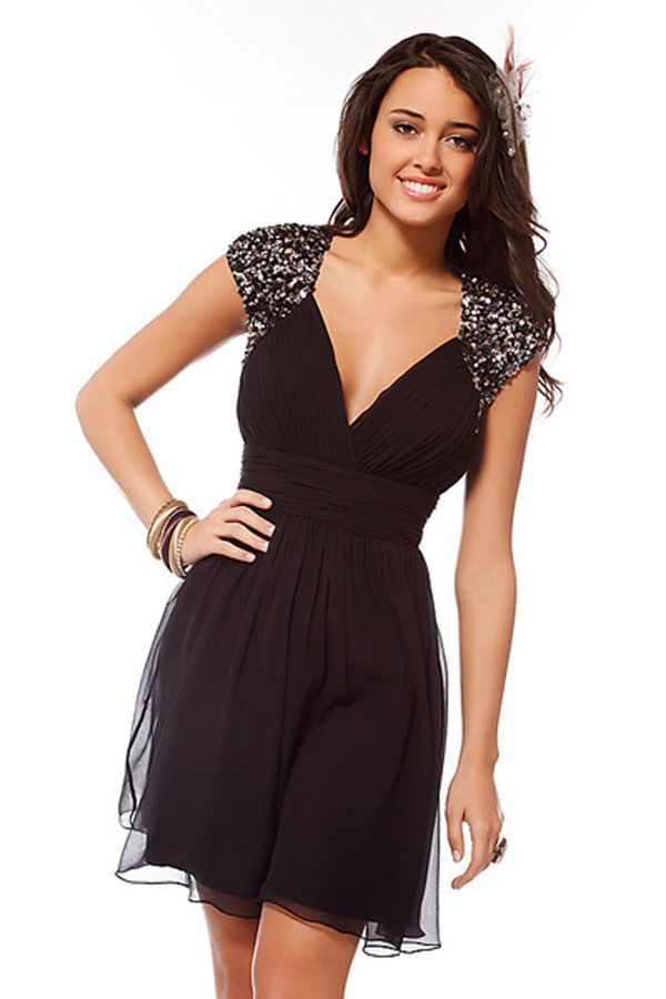 2012 New Hot Style Black A Line V Neck Beads Cap Sleeves And