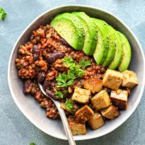 Enchilada Power Bowls with Spicy Tofu - Full of Plants -- This one one #vegan bowl I seriously need in my life.