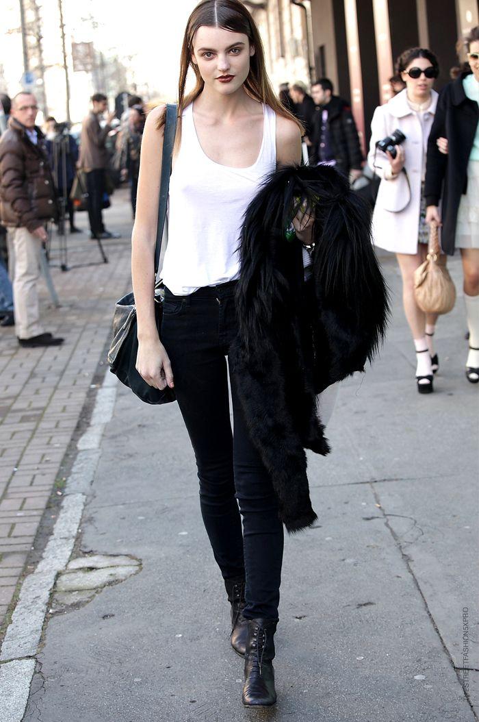 Black Style, Montana Cox, Black And White, Street Style, Duty Street, Duty Models, Wear Beautiful, Duty Style