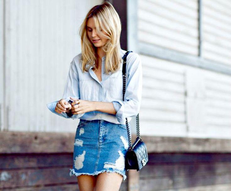 Οι τζιν φούστες φοριούνται κάθε στιγμή της μέρας και σου δίνουν τη δυνατότητα να πετύχεις τα πιο μοντέρνα σύνολα.