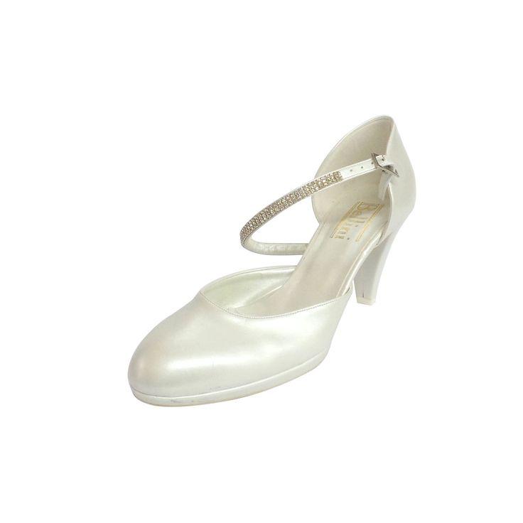 Scarpa da sposa Bellini. Disponibile presso http://www.leisposa.it/