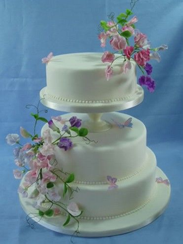 summer wedding cake flowers.jpg