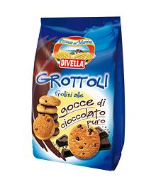 Biscuits Divella Grottoli with chocolate