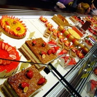 The glorious bounty at Pierre Herme Patisserie, Paris