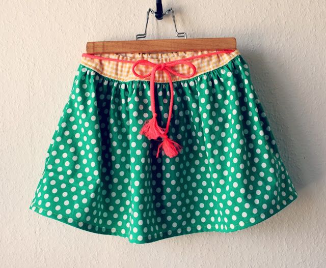 Groovybaby .... and mama: DIY: Easy Skirt with side pockets tutorial