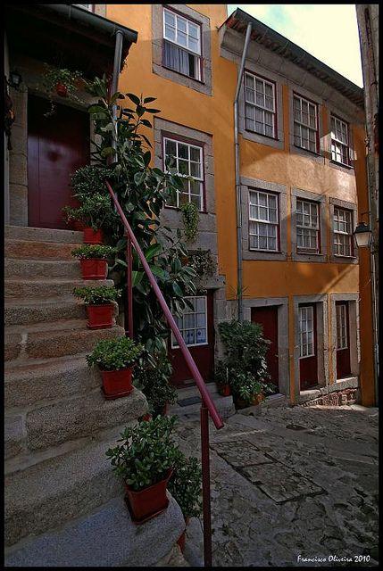 No Centro Histórico do Porto - Portugal - www.webook.pt