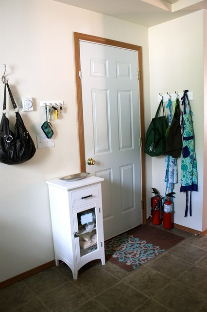 Laundry room {Organizing ideas}Laundry Room