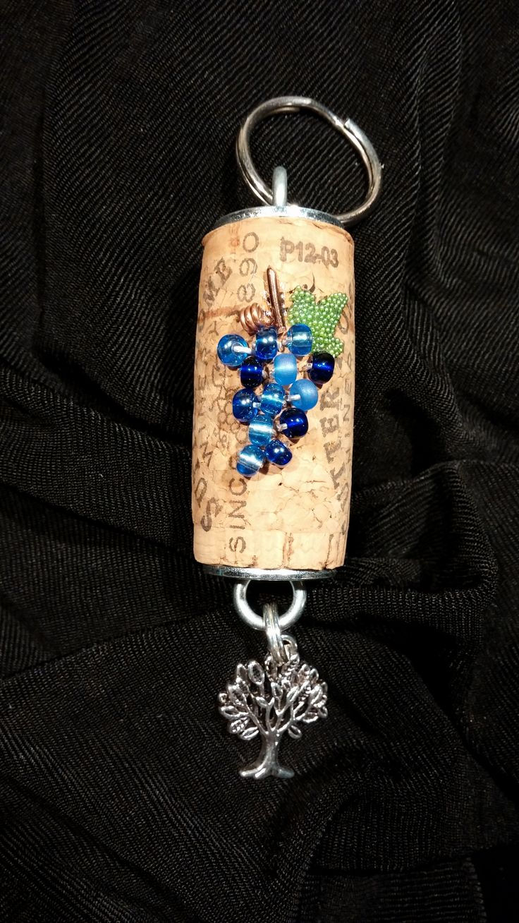 245 best cork craft images on pinterest wine corks wine for Crafts with corks from wine bottles