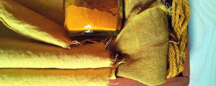 la curcuma non può mai mancare: se conservi un poco di estratto di questa spezia sul fondo della valigetta del tintore il successo è assicurato!