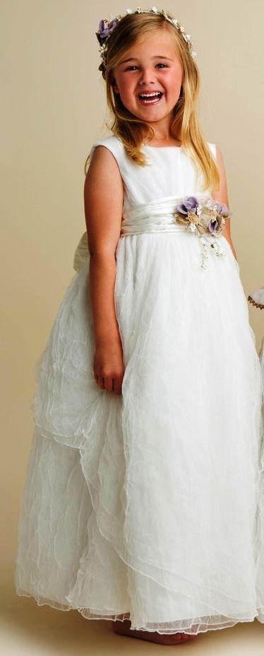 Vestido de comunión de estilo romantico con faalda desiagual. - Vestidos y Complementos de Comunión - Mundo Kiriko
