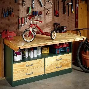 This garage workbench has an expanding top that folds out for extra workspace when you need it and tucks away when not in use - a great feature if you also need to park your car in a crowded garage.