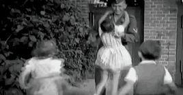 Helga, Hilde, Helmut, Holde and Hedda Goebbels with their brother Harald in 1941. (via indesirableprincesse)