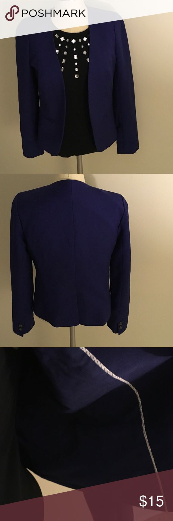 LOFT blue career blazer Beautiful blue LOFT career blazer. No buttons. Only worn once.  Size is 6 petite but can also fit a size 4 regular. Is in excellent condition with no snags or holes. LOFT Jackets & Coats Blazers