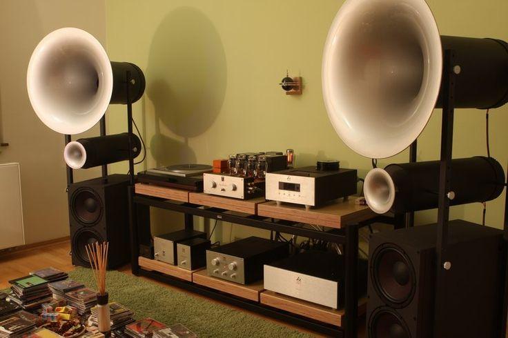 Audiofil.net   Audiofile Hi Fi home set, listening room.
