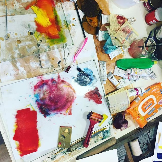 Mess mess mess. One of the pure joys of #printmaking and #collagraph