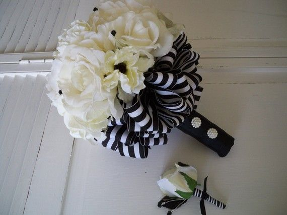 Items Similar To Nautical Wedding Silk Flower Set French Cream White Real Touch Rose Bridal Black Bouquet On Etsy
