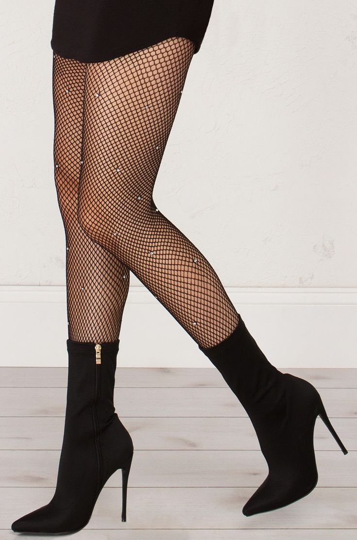 1000+ ideas about Fish Nets on Pinterest   Fishnet socks Fishnet tights and Fishnet outfit